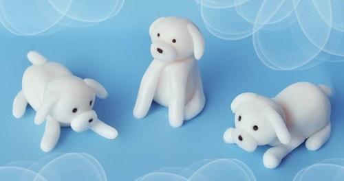 Собачка из полимерной глины