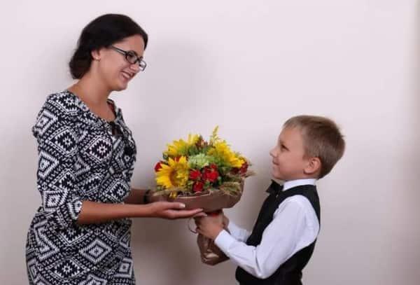 День учителя в России