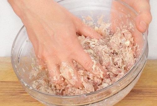 Котлеты из куриного фарша: рецепт с фото пошагово на сковороде