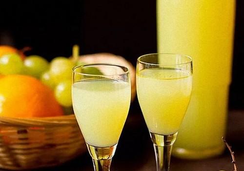 Напиток на новогодний стол из лимона