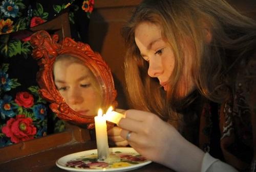 гадания на свече