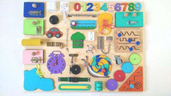 Бизиборд - развивающая доска: для чего нужна и как сделать дома