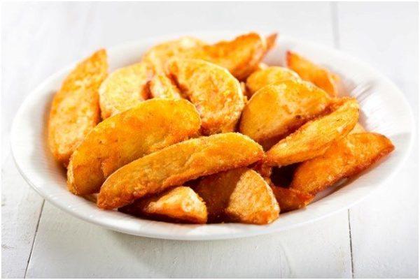 Картошка по деревенски в духовке в рукаве
