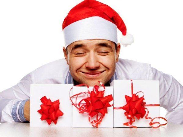 Какой подарок мужчине на Новый год выбрать